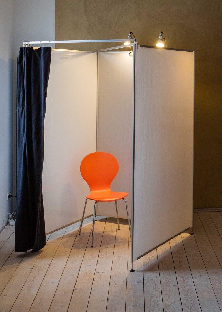 umkleidekabine mit vorhang. Black Bedroom Furniture Sets. Home Design Ideas